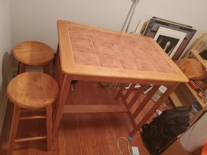 Breakfast nook table for Sale in Clifton, NJ
