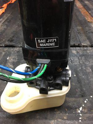 Mercruiser tilt /trim motor ( alpha 1) for Sale in West Chicago, IL