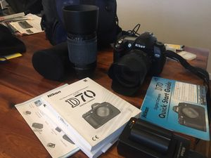 Nikon D70 w/ 2 Lenses. 3 batteries, 4 cards for Sale in Sacramento, CA