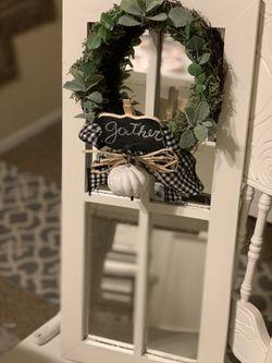Cute farmhouse mirror window with thanksgiving wreath for Sale in Glendora,  CA