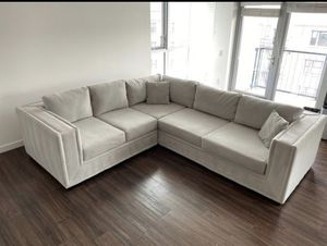 Custom gray suede sectional couch. Great Condition. No Damage. Great Quality for Sale in Los Angeles, CA