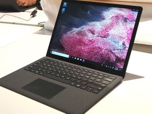 "Microsoft surface laptop 2 13.5"" LIKE NEW** for Sale in HUNTINGTN BCH, CA"