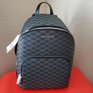 New MICHAEL KORS backpack for Sale in Garden Grove, CA
