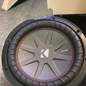 De Venta Estq Kicker COMPR S10 Semi Nueva for Sale in Covina, CA