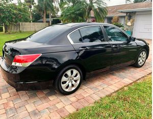Great Shape 2008 Honda Accord EXL AWDWheels for Sale in Akron, OH