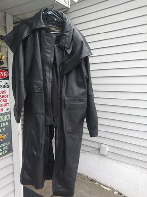 Very nice real leather jacket for Sale in Southgate, MI
