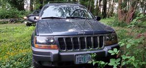 03 jeep Cherokee Laredo for Sale in Longview, WA