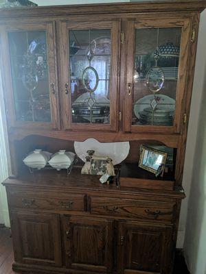 Dining room set China Cabinet and table with six chairs -Oak for Sale in Staten Island, NY