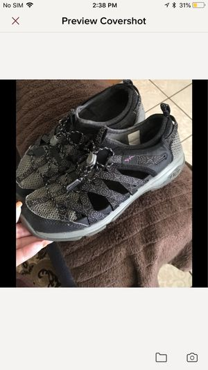 Women Chaco outcross size 8.5 for Sale in Irving, TX