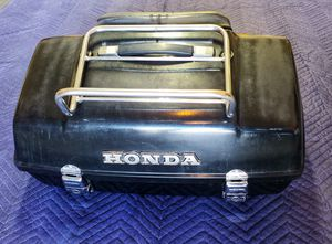 Honda Motorcycle Trunk Box w/rack & back rest. for Sale in South Jordan, UT