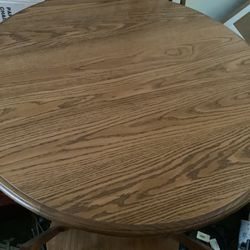 Cochran Dining Room Table for Sale in North Ridgeville,  OH