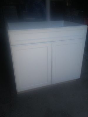 Brand new kitchen base cabinet made by bellmont cabinet company brand new just out of the box for Sale in Denver, CO