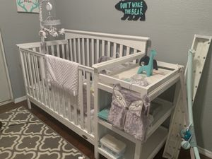 4 in 1 Conversation Crib - Brand New!!! for Sale in Belle Isle, FL