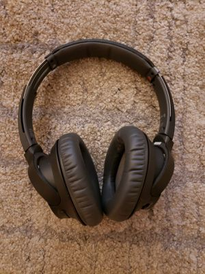 Sony Noise Cancelling Headphones WHCH700N: Wireless Bluetooth Over the Ear Headset with Mic for phone-call and Alexa voice control - Black for Sale in West Hollywood, CA