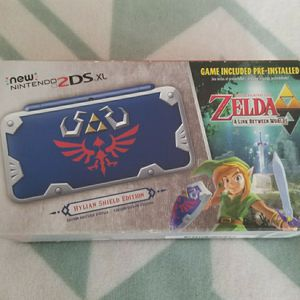 Hylian Shield New 2DS XL for Sale in Dania Beach, FL