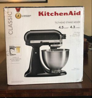 BRAND NEW KITCHEN AID HEAD STAND MIXER for Sale in Concord, CA