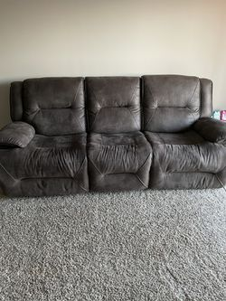 New Brown Couch Recliner Super Comfy for Sale in Dublin,  OH