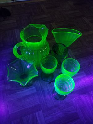 Uranium glass pitcher, 2 vases & and for matching classes for Sale in Severn, MD