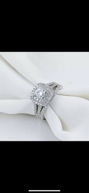 925 Engagement ring with wedding band for Sale in Los Angeles, CA