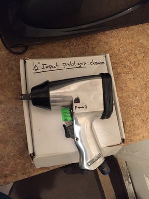 """Husky - 1/2"""" air impact wrench for Sale in West Palm Beach, FL"""