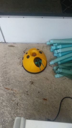 Automatic above ground pool cleaner for Sale in Wahneta, FL