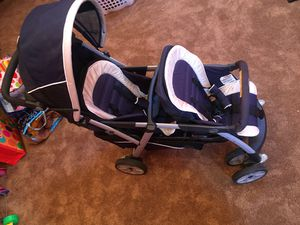 Chicco double stroller for Sale in Berkeley Township, NJ