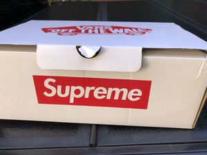Supreme vans for Sale in Menlo Park, CA