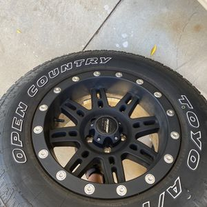 Pro Como Rims With Toyo All Terrain Tires for Sale in Menifee, CA