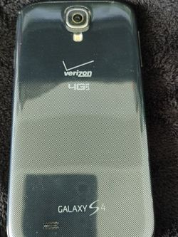 Samsung Galaxy S4 Unlocked 8GB Blue Great Condition for Sale in Miami,  FL