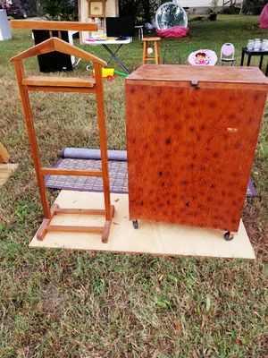Hand made antique blanket cabinet, laundry hamper, or toy chest for Sale in Murfreesboro, TN