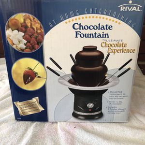 Chocolate Fountain for Sale in Lakewood, CA