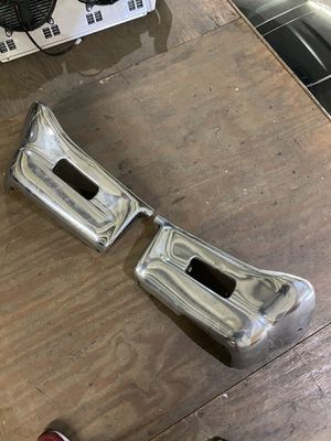 1964 CHEVROLET IMPALA FRONT BUMPER ENDS 64 SS for Sale in Hialeah, FL