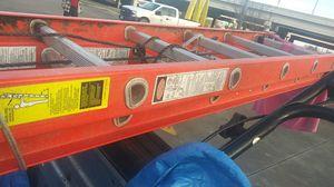 24 ft Werner fiberglass extension ladder for Sale in Austin, TX