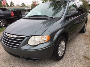 2005 Chrysler Town & Country 106k miles for Sale in Houston, TX