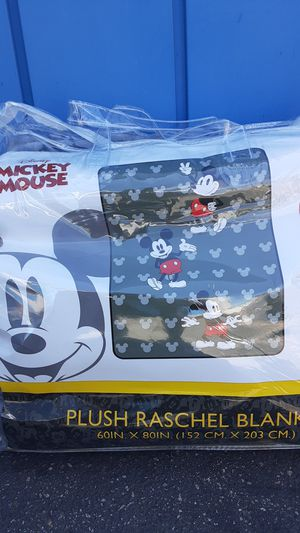 DISNEY'S TOY STORY & MOANA / RASCHEL BLANKET for Sale in Claremont, CA