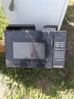 Magic chef microwave for Sale in Ashland, MO