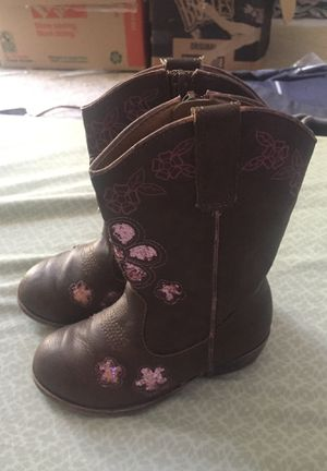 Little girl boots size 9 like new used once for Sale in Memphis, TN