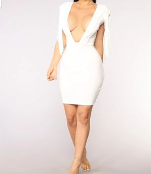White dress for Sale in Concord, NC