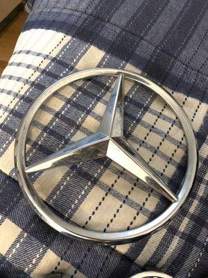 Mercedes-Benz Oem Front Emblem for Sale in La Puente, CA
