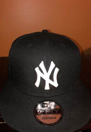 Yankee SnapBack for Sale in Staten Island, NY