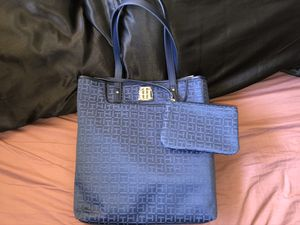 Tommy Hilfiger Tote Bag for Sale in San Diego, CA