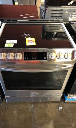 🔥LG Smooth Surface Electric Slide in Stove RYG8 for Sale in China Spring,  TX
