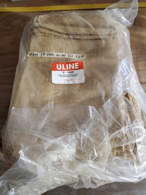 "73- 12""x20"" burlap bags with string ties for Sale in Cuero, TX"