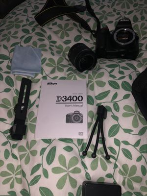 Nikon d3400 Camera Dslr Starter Set for Sale in Bristol, CT
