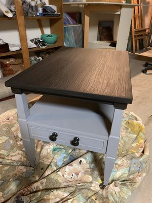 Vintage table/ end table/ night stand/ table for Sale in San Marcos, CA
