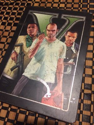 Grand theft auto 5 límited edition Xbox 360 Game for Sale in Austin, TX