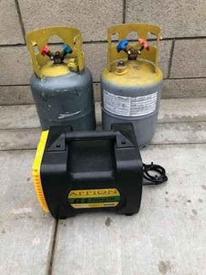 Appion G1 single freon reclaiming unit W/ 2 tanks for Sale in Huntington Beach, CA