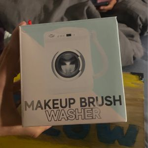 Makeup Brush Washer for Sale in Devine, TX