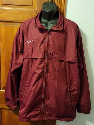 Nike Maroon Red Windbreaker for Sale in Middletown, MD