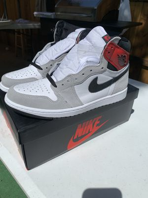 Nike Jordan 1 High Light Smoke Grey Size 10 for Sale in San Diego, CA